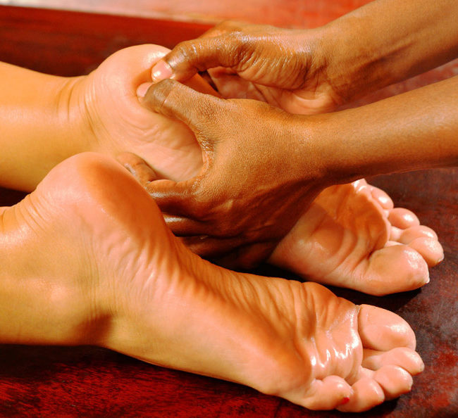 soin-corps-massage-pieds